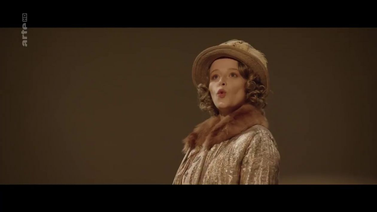Adeline d'Hermy French actress Actrice Comédienne / Sociétaire de la Comédie-Française | Oblomov : Olga Sergueïevna Ilinskaïa | Guillaume Gallienne 2017