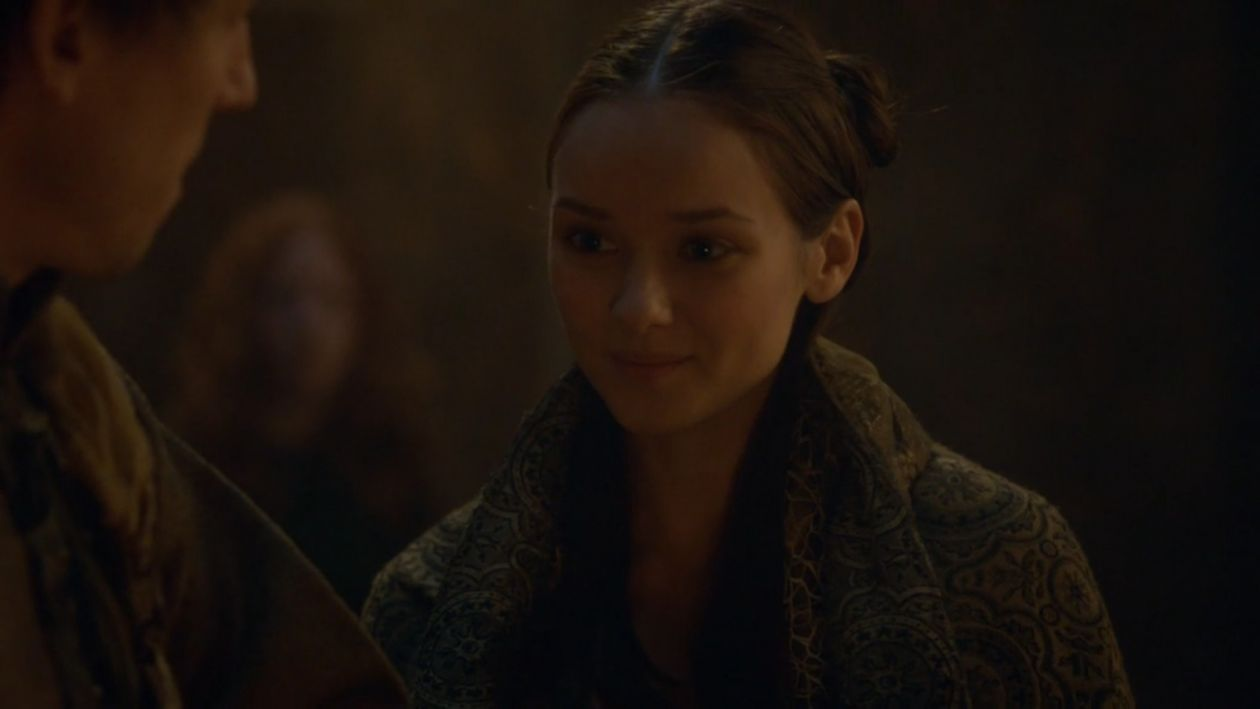 Alexandra Dowling actress | Roslin Frey | Game of Thrones