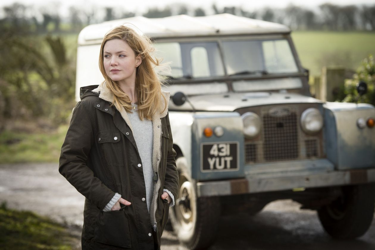 Holliday Grainger actress / Robin Ellacott / C.B. Strike