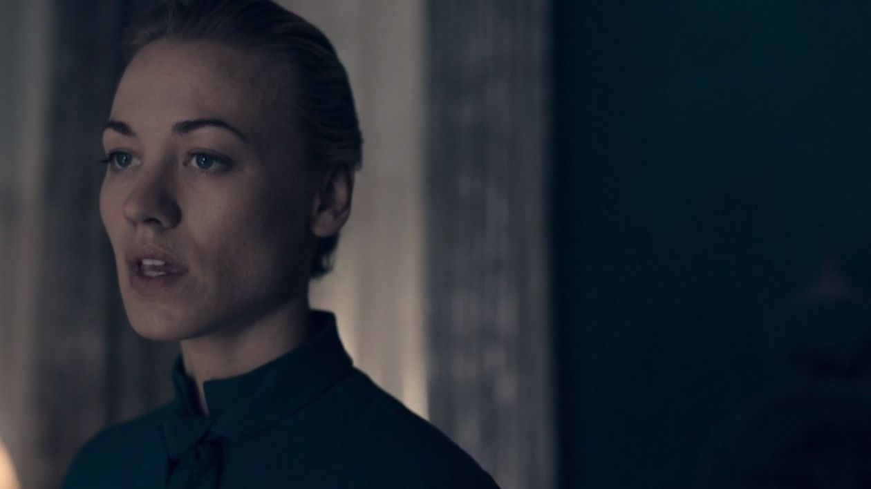 Yvonne Strahovski actress / Serena Joy Waterford | The Handmaid's Tale