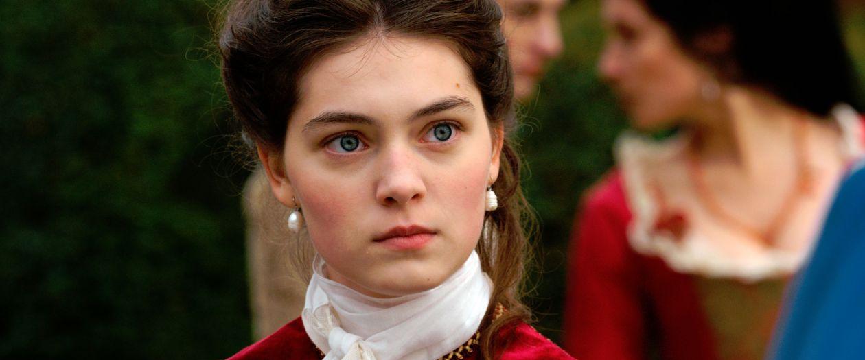 Anamaria Vartolomei actress actrice comédienne | L'Échange des princesses / Marc Dugain 2017 Film