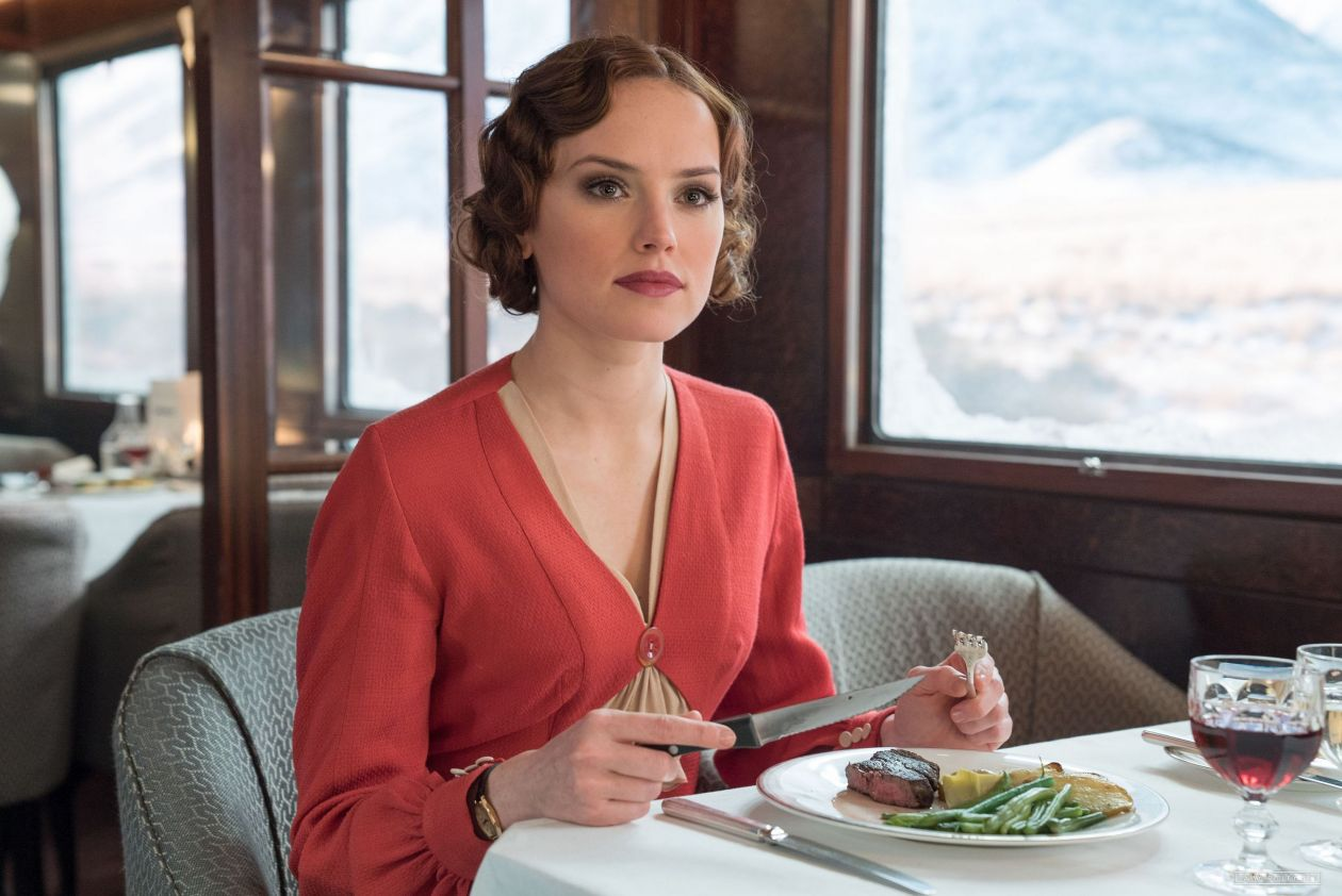 Murder on the Orient Express | Le Crime de l'Orient-Express | Kenneth Branagh 2017  Daisy Ridley : Mary Debenham