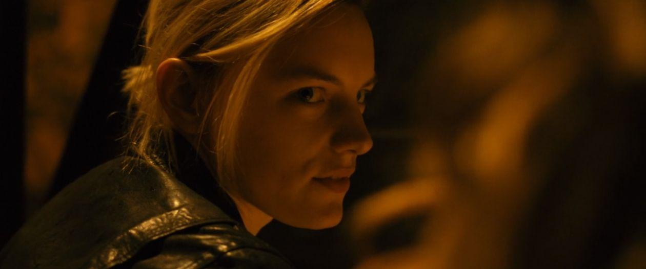 Erika Linder actress   Below her mouth : Dallas   April Mullen 2016
