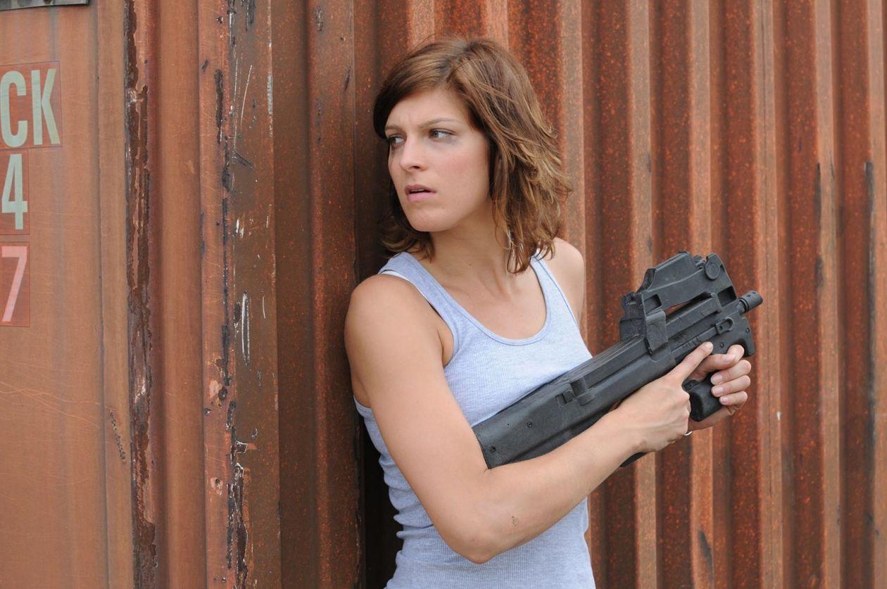 ALEXIA BARLIER actress / KALI