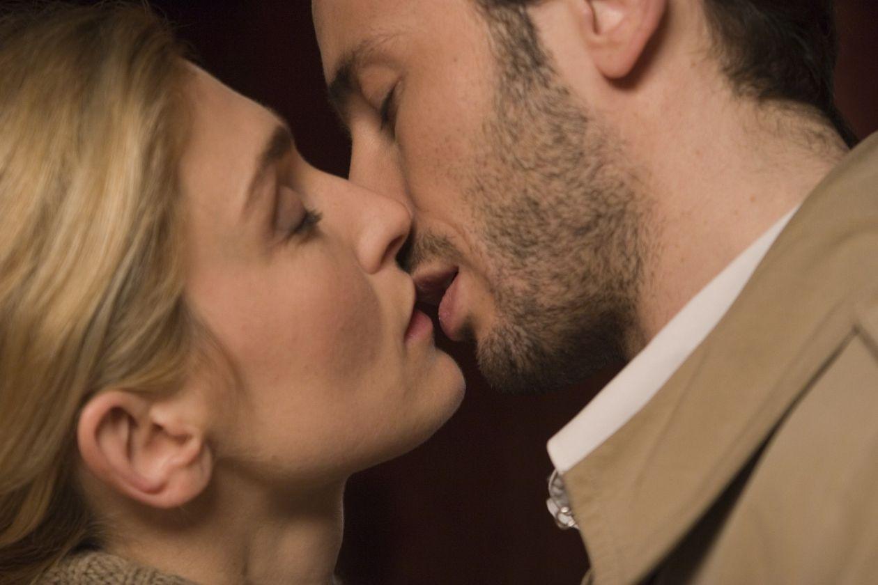 Julie Gayet actress actrice comédienne / Un baiser, s'il vous plaît ! / Emmanuel Mouret 2007