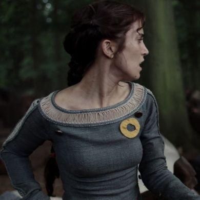 Sarah-Sofie Boussnina | Knightfall (Adelina)
