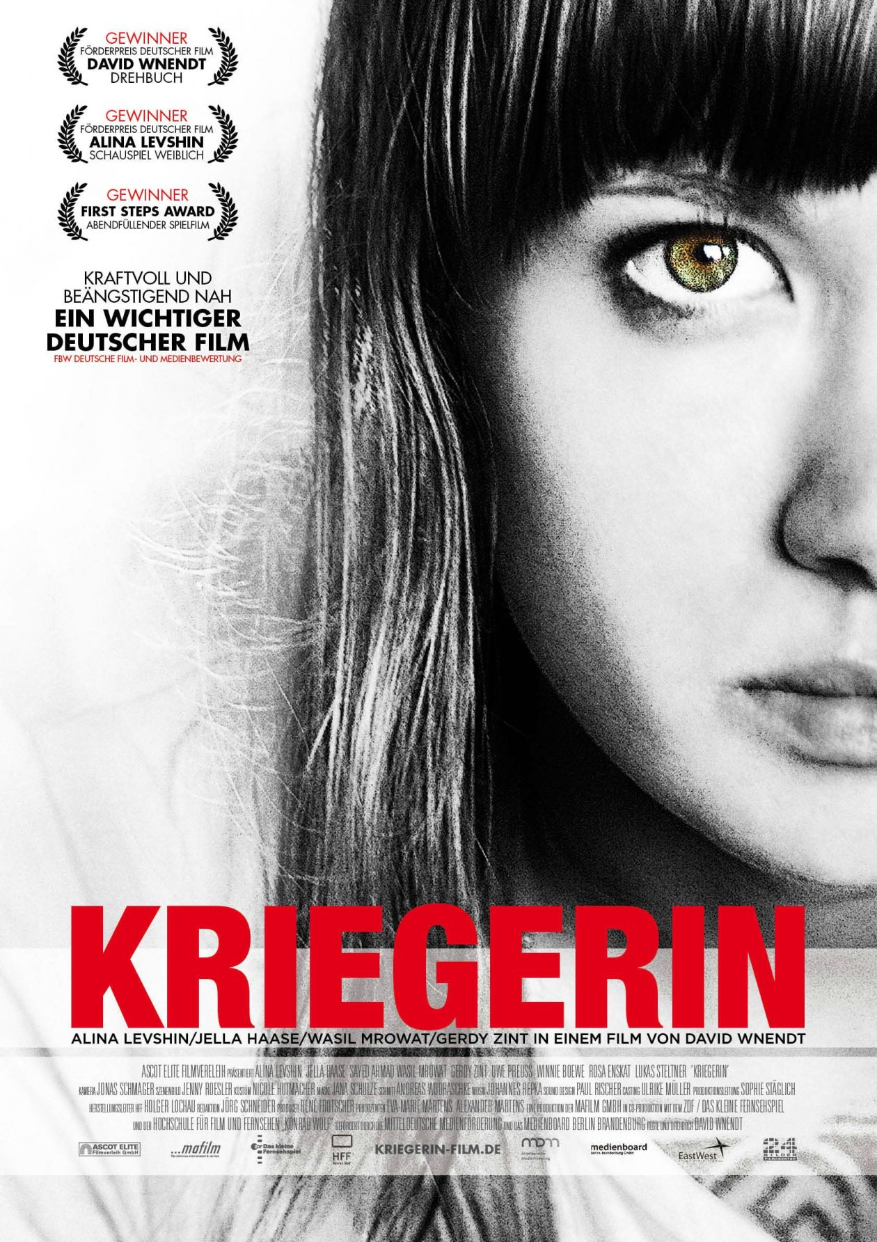 Alina Levshin best actress award / KRIEGERIN / GUERRIERE / COMBAT GIRLS / DAVID WNENDT MOVIE POSTER AFFICHE FILM