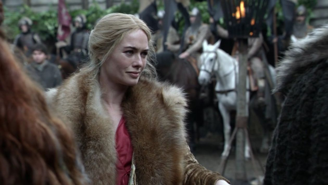 Lena Headey actress / Game of Thrones / Queen Cersei Lannister SEASON 1 EPISODE 1 / 2011
