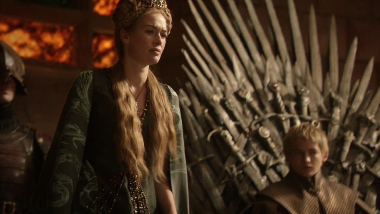 Lena Headey actress / Game of Thrones / Queen of the Seven Kingdoms / Cersei Lannister SEASON 1 EPISODE 7 / 2011