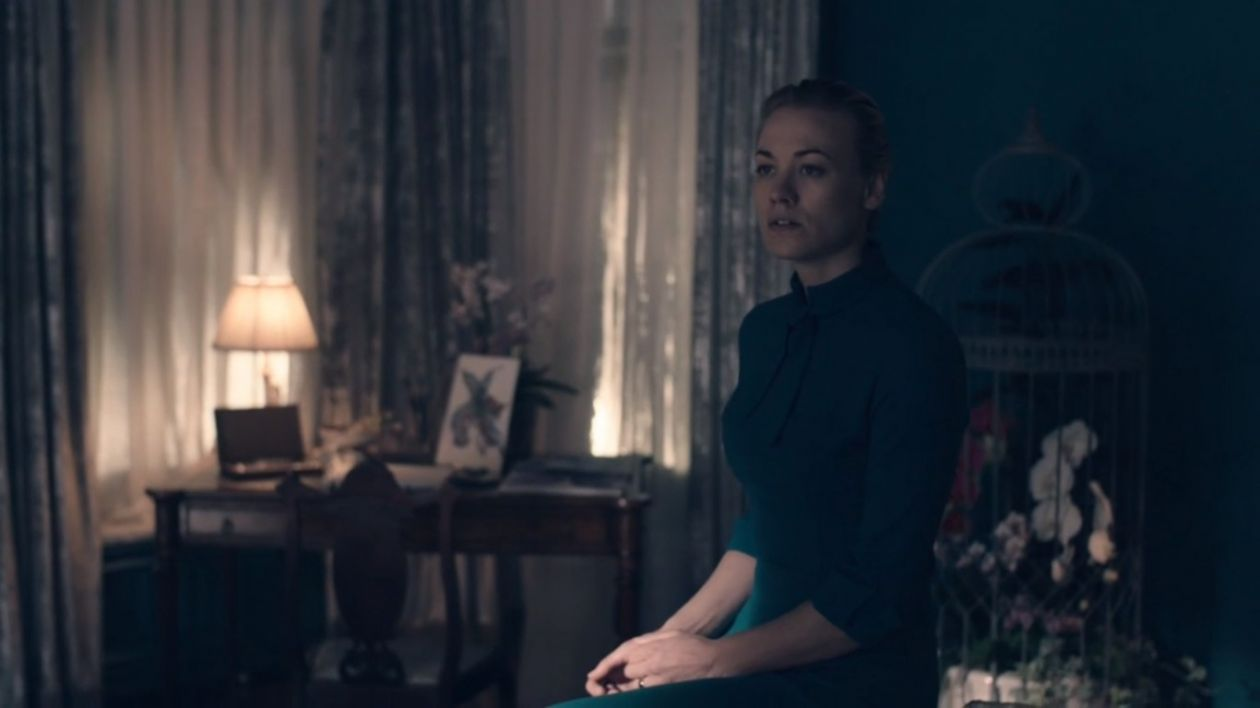 Yvonne Strahovski actress / Serena Joy Waterford   The Handmaid's Tale