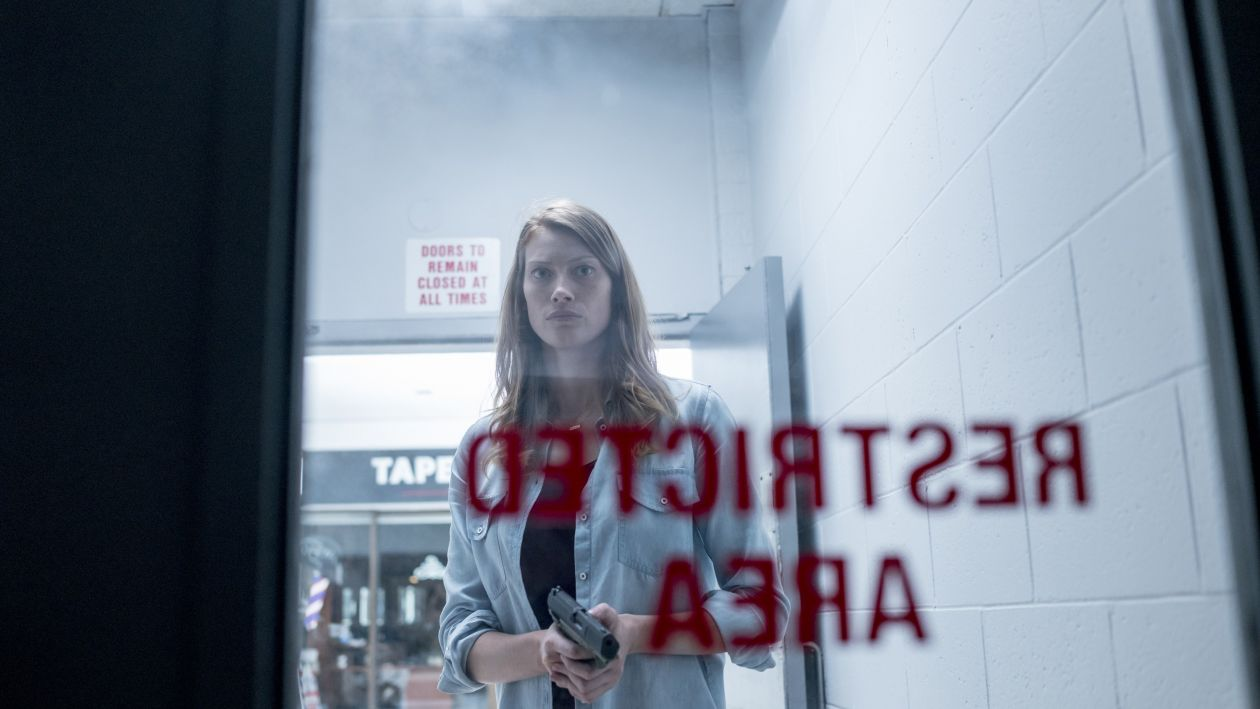 Alyssa Sutherland | The Mist : Eve Copeland | 2017