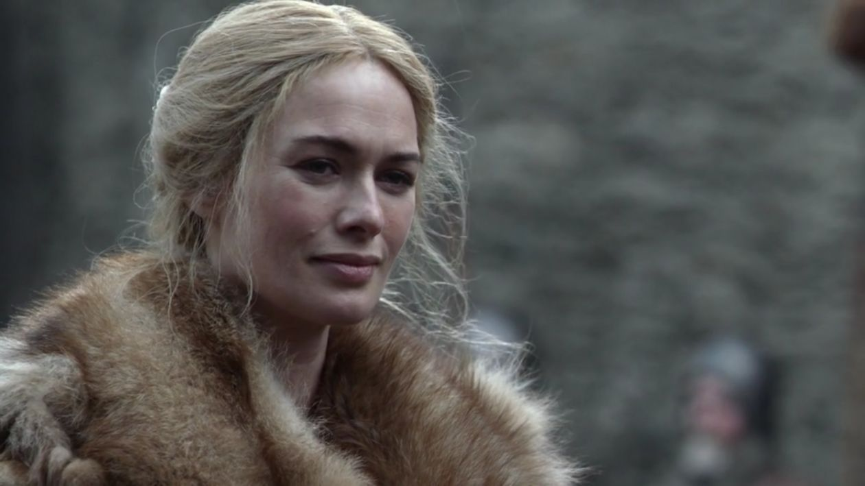 Lena Headey actress / Game of Thrones / Queen of the Seven Kingdoms / Cersei Lannister SEASON 1 EPISODE 1 / 2011